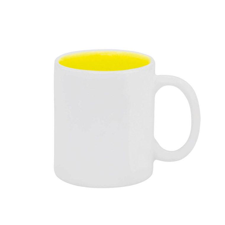 Texto: Caneca reta com interior colorido em amarelo para sublimação.